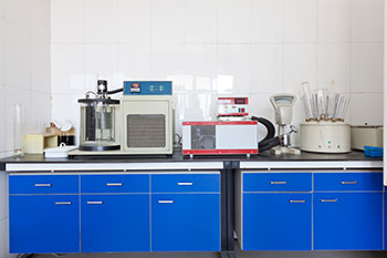 Wisconsin Electrostatic Painting Lab Equipment